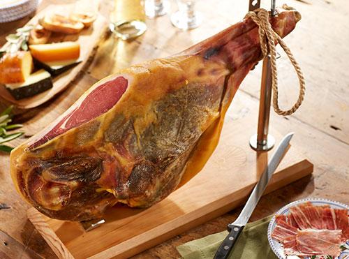 Jamoncom Serrano And Iberico The Amazing Hams Of Spain